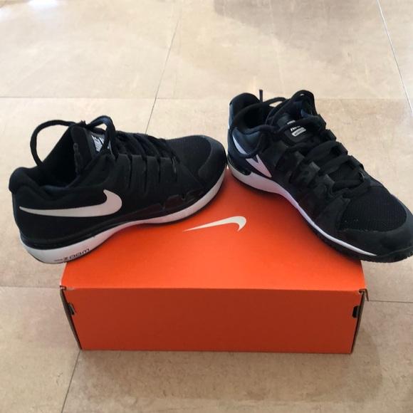 Nike Shoes   Boys Tennis Size 4   Poshmark